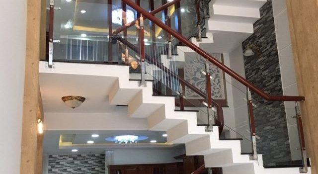 Nhà đẹp HXH 114 Phạm Văn Chiêu giá 4,65 tỷ