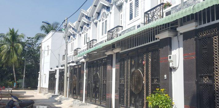10 căn nhà mới xây Hà Huy Giáp P.Thạnh Xuân Q12 giá 1,9 tỷ/căn