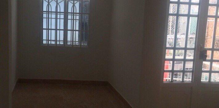 Nhà 1 lửng 1 lầu hẻm xe hơi 921 Nguyễn Kiệm F3 4×6 giá 2,5 tỷ