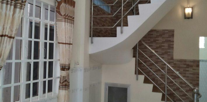 Nhà 1 trệt 1 lầu hẻm 226 Nguyễn Thái Sơn P.4 giá 3.25 tỷ